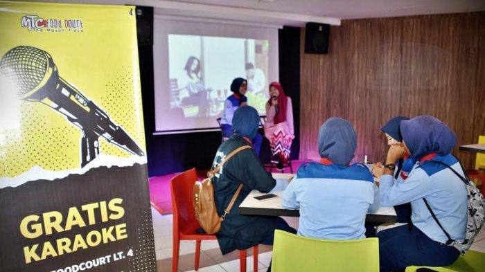 FOTO: Fasilitas Karaoke Gratis di Foodcourt MTC Lantai 4