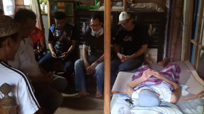 Polman All Star Santuni Muh Ichsan Kasim, Mantan Pemain Bola Polewali Mandar yang Sakit