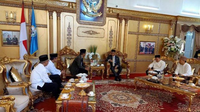 Silaturahim dengan Gubernur Nurdin Abdullah, Pengurus LDII Sulsel Sampaikan Rencana Muswil