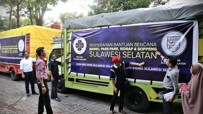 FOTO: PHRI dan IHGMA Sulsel Salurkan Bantuan untuk Korban Banjir - pengurus-perhimpunan1.jpg