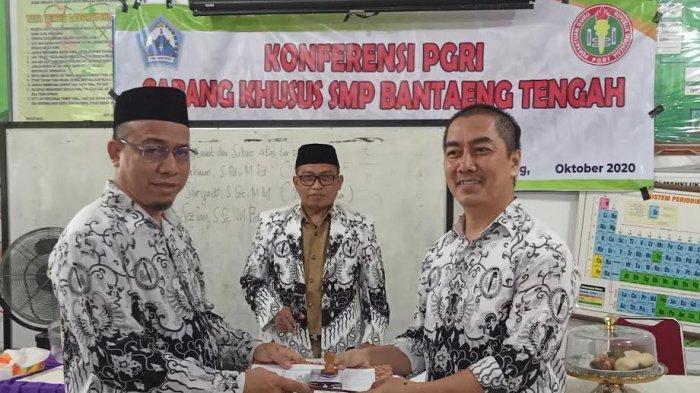 Konferensi PGRI Cabang Khusus SMP Bantaeng Lahirkan Ketua Baru