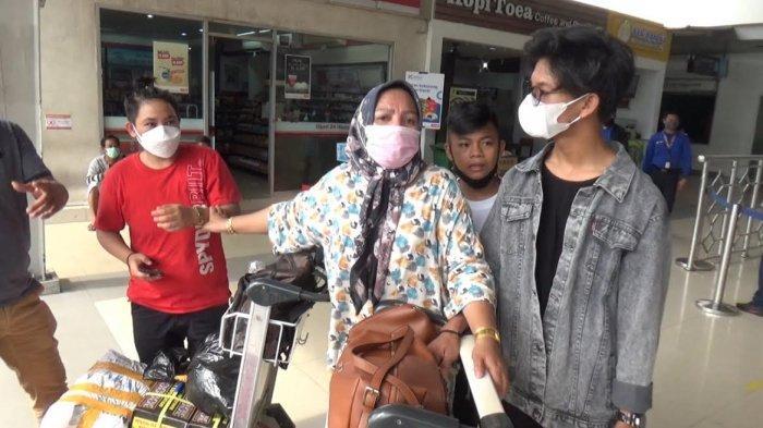 Tak Punya Suket PCR, Ratusan Penumpang di Bandara Internasional Sultan Hasanuddin Batal Berangkat