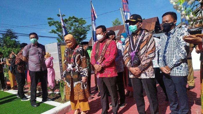 Menko PMK: Bantaeng Harus Jadi Pelopor Turunkan Angka Stunting