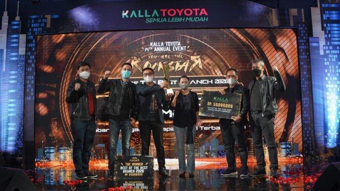 Kalla Toyota Beri Penghargaan untuk Tim Cabang Berprestasi