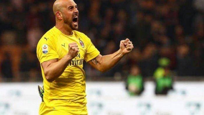 Bakal Ditinggalkan Pepe Reina, Ini Tiga Kiper Buruan AC Milan