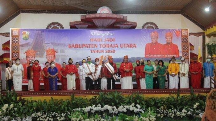 Gubernur Nurdin Abdullah Hadiahkan Rp 128 Miliar di HUT Toraja Utara