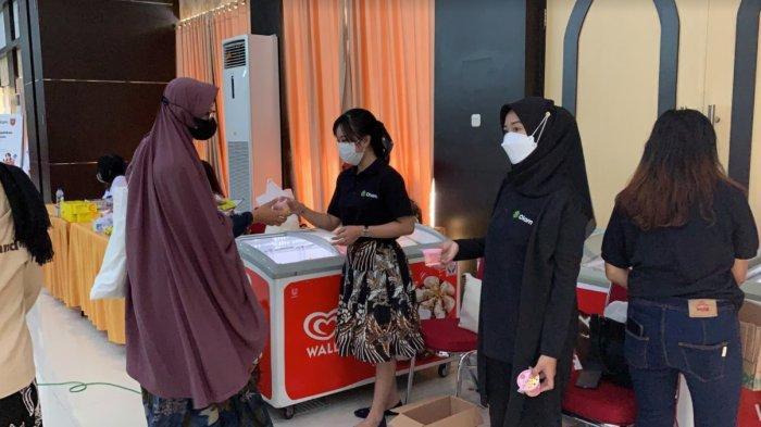 Perempuan Jenggala dan PT Olam Indonesia Gelar Vaksinasi, Peserta Dapat Es Krim Gratis