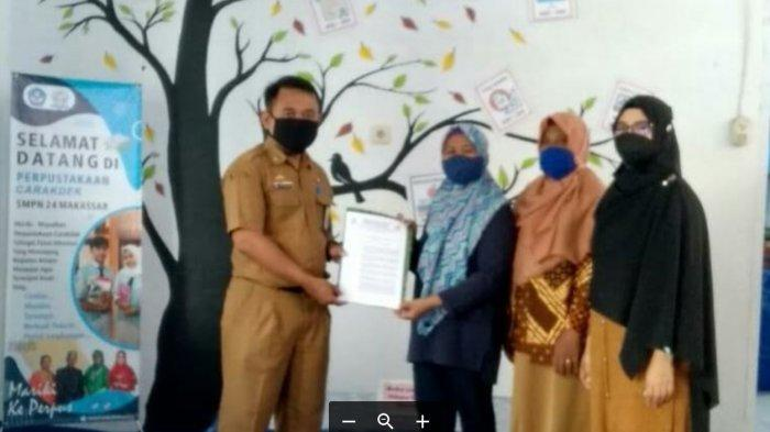 Perpustakaan CARAKDEK SMPN 24 Makassar Terima SK Pendirian