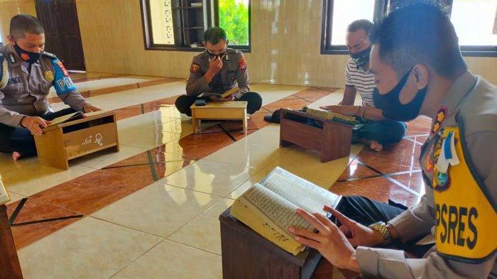 Selama Ramadan, Polisi Polman Tadarus Alquran Sebelum Beraktivitas
