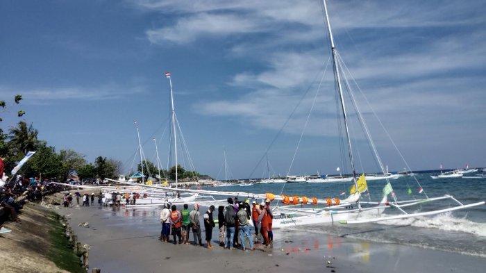 21 Perahu Taklukkan Etape Pertama Sandeq Race, Berikut Daftar Lengkapnya