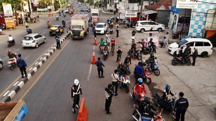 Ada Tes Swab di 8 Jalan Makassar dan Penyekatan 4 Perbatasan Kota Mulai Hari Ini, Pakai Masker Ya!