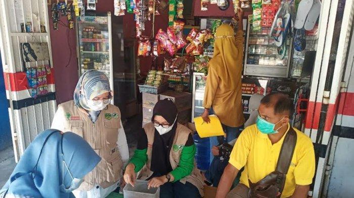 Operasi di Wotu dan Tomoni Lutim, Petugas Temukan Makanan Kadaluarsa Hingga Obat Ilegal Dijual Bebas