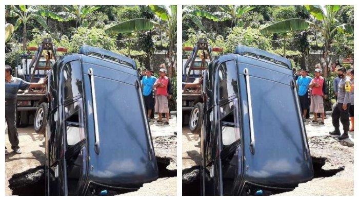 Video Satu Mobil Masuk Lubang Jalan di Wonosobo, Beruntung Tak Ada Korban Jiwa