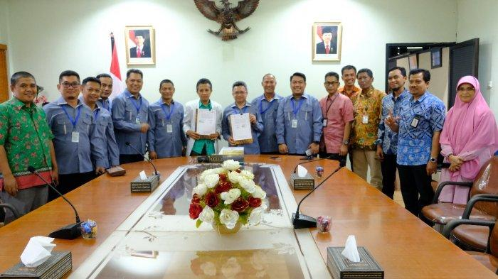 Pengembang Indonesia Sulsel dan PLN Sulselrabar Jalin Kerja Sama Penyediaan Listrik dan Rumah - pi-sulsel-pln-1-1272019.jpg