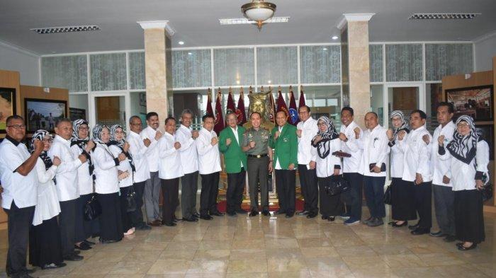 WR 5 Harap Pangdam XIV Hasanuddin Membuka Rangkaian Milad ke-66 UMI