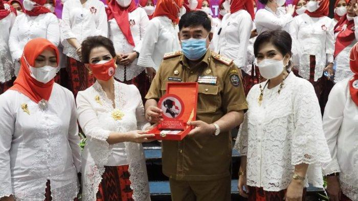 Sekprov Sulsel Abdul Hayat Lantik Dewan Pengurus Daerah Perempuan Indonesia Maju Provinsi Sulsel - pim-sulsel.jpg