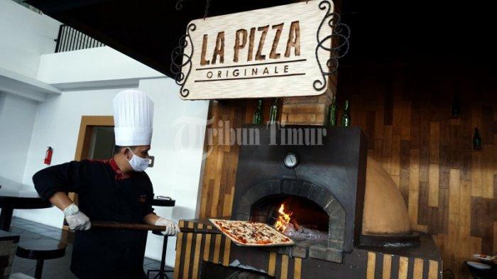 FOTO: Swiss-Belinn Panakkukang Hadirkan All You Can Eat 'PIZZA BUFFET' - pizza-live-di-swiss-belinn-2.jpg