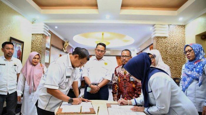 Pemkot Makassar-Bulog MoU Penyaluran Beras