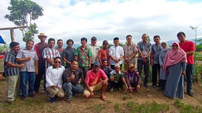 PT Vale Melalui Program PKPM Serahkan Bantuan Pertanian di Desa Parumpanai - pkpm-wasuponda-foto-bersama.jpg