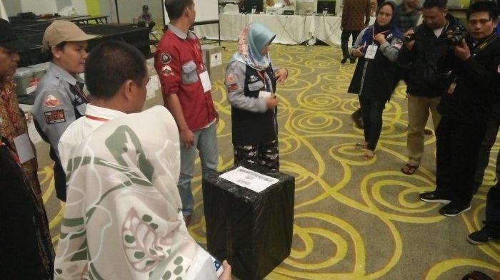 BREAKING NEWS: Saksi Appi-Cicu Walk Out, C1 Bontoala Hilang