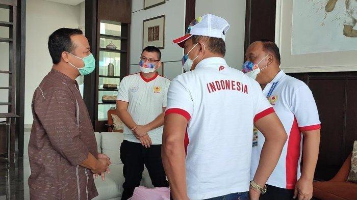 DPRD Dukung Sulsel Ikut Bidding Sebagai Tuan Rumah PON 2028 - plt-gubernur-sulsel-andi-sudirman-sulaiman-bersama-marciano-norman-2.jpg