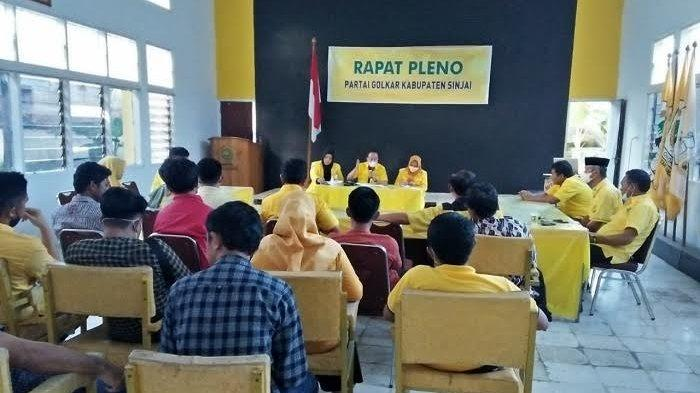 Tolak Diganti, Lima Pimpinan Kecamatan Partai Golkar Sinjai Bakal Lawan Nasran Mone