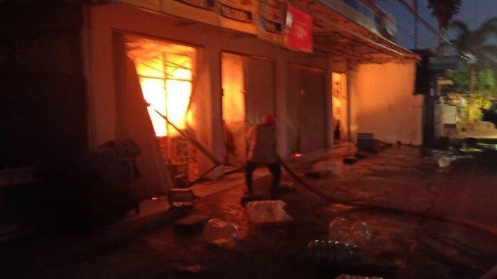 Korsleting Listrik Diduga Penyebab Kebakaran di Minimarket BPS Sudiang Makassar