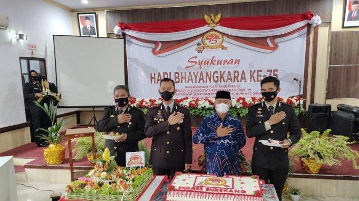 HUT ke-75 Bhayangkara, Bupati Enrekang Puji Kinerja Kapolres Tangani Pandemi Covid-19