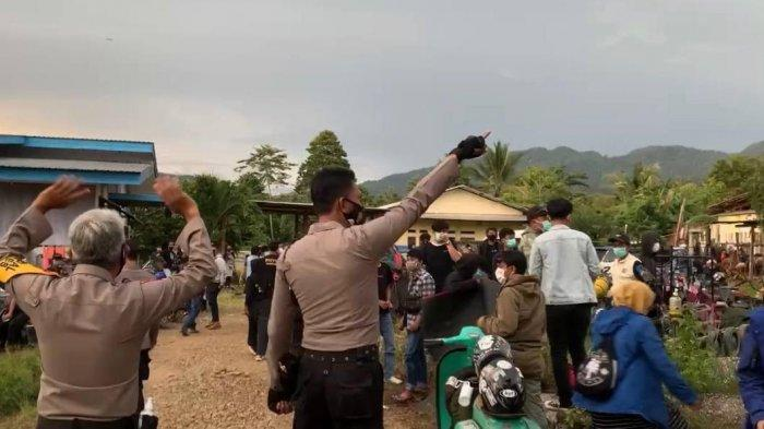Tak Hanya Bubaran Kerumunan Communitas Scooter Vespa di Malili, Polisi Juga Periksa Empat Orang