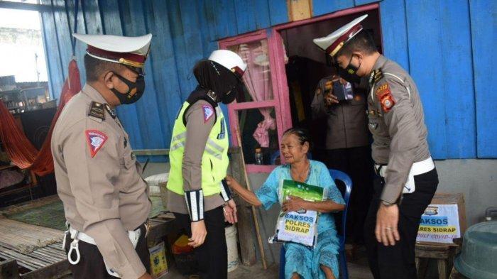 Sidrap Berlakukan PPKM Mikro, Polres Bagikan 1.000 Paket Sembako