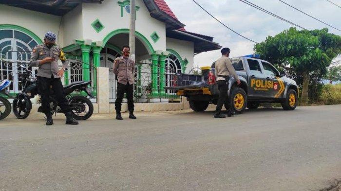 Antisipasi Balap Liar Jelang Buka Puasa, Personel Polsek Baraka Enrekang Lakukan Patroli