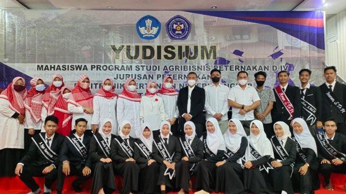 Prodi Agribisnis Peternakan Politani Pangkep Yudisium 37 Lulusan Perdana