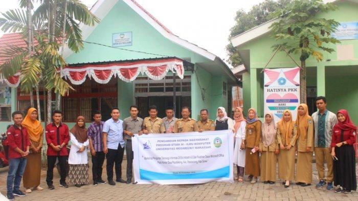 Prodi Ilmu Komputer Unimerz Workshop dan Sosialisasi Teknologi Informasi di Gowa