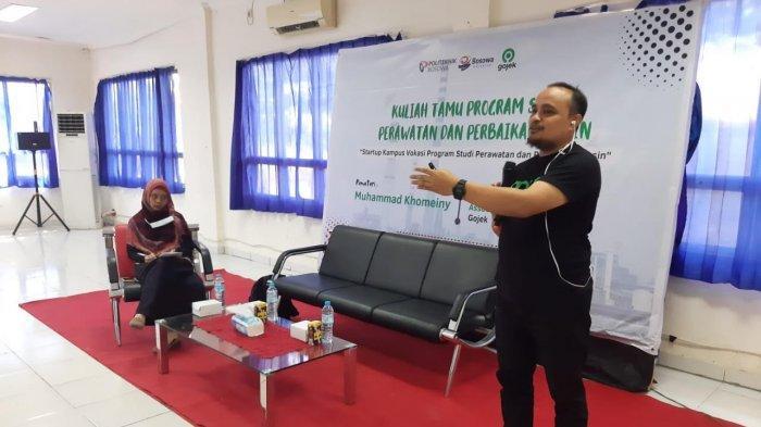 Mahasiswa Politeknik Bosowa Belajar Bangun Startup