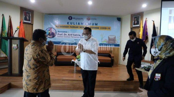 FOTO; Rektor IPB Bawakan Kuliah Umum di Unibos - prof-dr-arif-satria-membawakan-kuliah-umum-di-universitas-bosowa-unibos-2.jpg