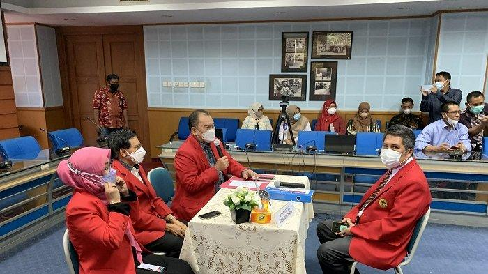 Prof Muh Restu Batasi Pertemuan dengan Senat Akademik Unhas: Kita Sudah Saling Kenal
