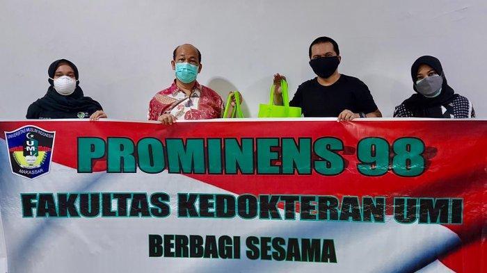 Komunitas Prominens 98 FK UMI Bagikan 100 Paket Bantuan di Lokasi Isolasi Mandiri BBPK Makassar