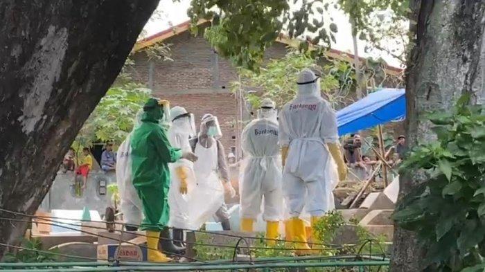 Meninggal Covid-19, Satu Warga Makassar Dimakamkan di Bantaeng