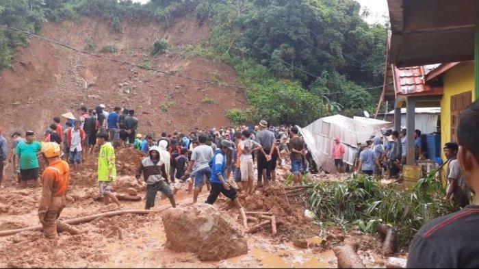 BREAKING NEWS: Satu Korban Tanah Longsor di Jeneponto Sudah Ditemukan, Tiga Masih Dicari