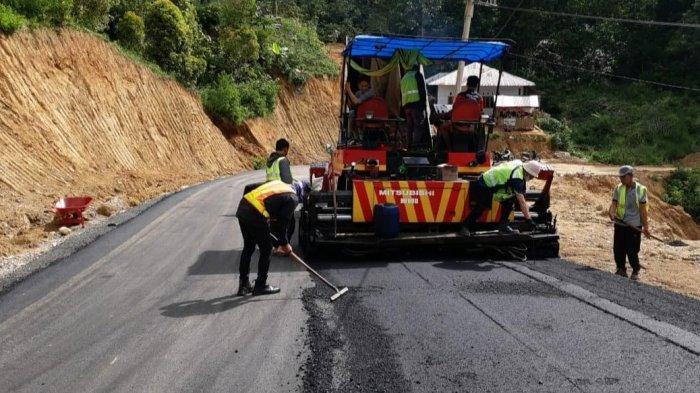 Plt Gubernur Sulsel Genjot Pembangunan Jalan Penghubung Toraja-Pinrang-Sulbar