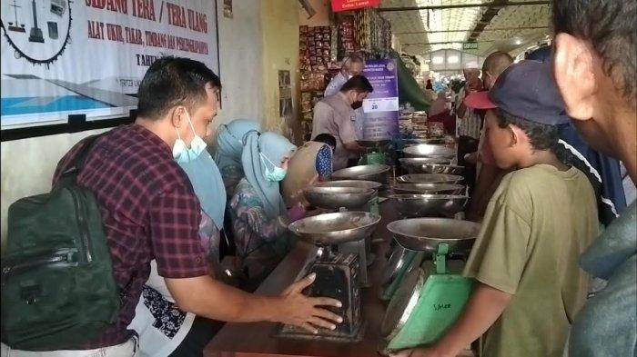 Sidang Tera Timbangan Pedagang Pasar Tramo Maros, Ketahuan Curang Bisa Dipenjara 1 Tahun