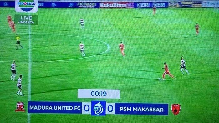 Babak Pertama Berakhir, PSM Unggul 1-0 dari Madura United