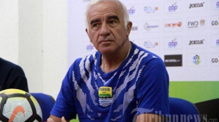 Tinggalkan Borneo FC, Mario Gomez Bakal Latih Arema FC?