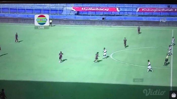 Babak Pertama Berakhir, PSM Unggul 2-1 dari Borneo FC
