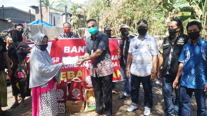 Semen Tonasa Bantu Korban Kebakaran di Kampung Batu Batu