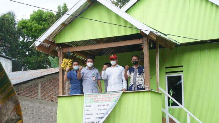 Bukti Kepedulian PT Semen Tonasa, Gelar Bedah Rumah di Labbakkang Pangkep