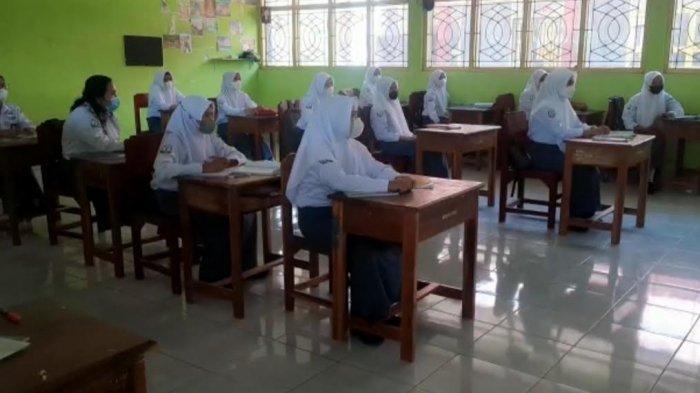 Pembelajaran Tatap Muka di SMAN 1 Pinrang Dimulai, Pelajar Flu dan Batuk Dilarang Masuk Sekolah