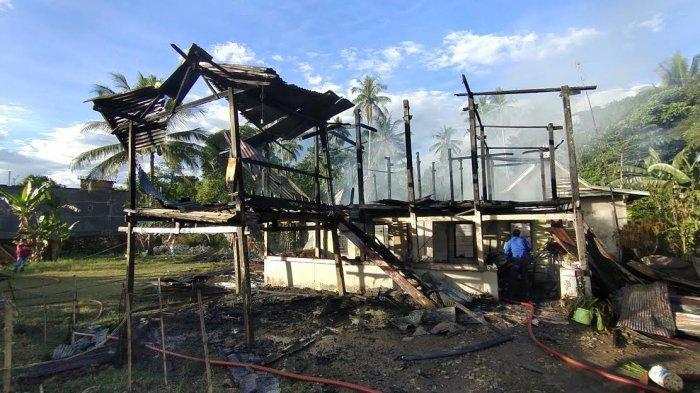Rumah Daeng Cucu di Desa Allaere Maros Terbakar