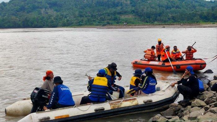 Bocah Perempuan yang Hanyut di Sungai Saddang Enrekang Dicari Hingga ke Pinrang
