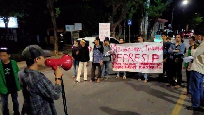 Dipukuli Polisi Saat Unjuk Rasa, Mahasiswa UIN Makassar Tak Bisa Pakai Celana